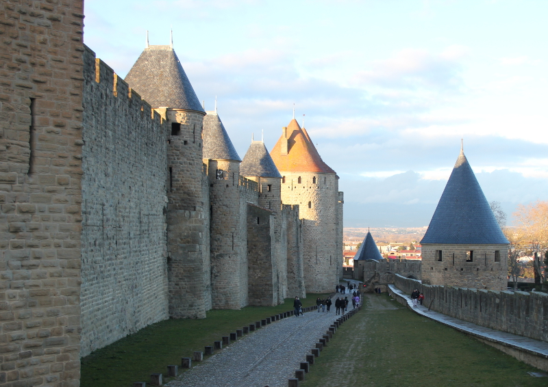 Double walls of Carcassonne